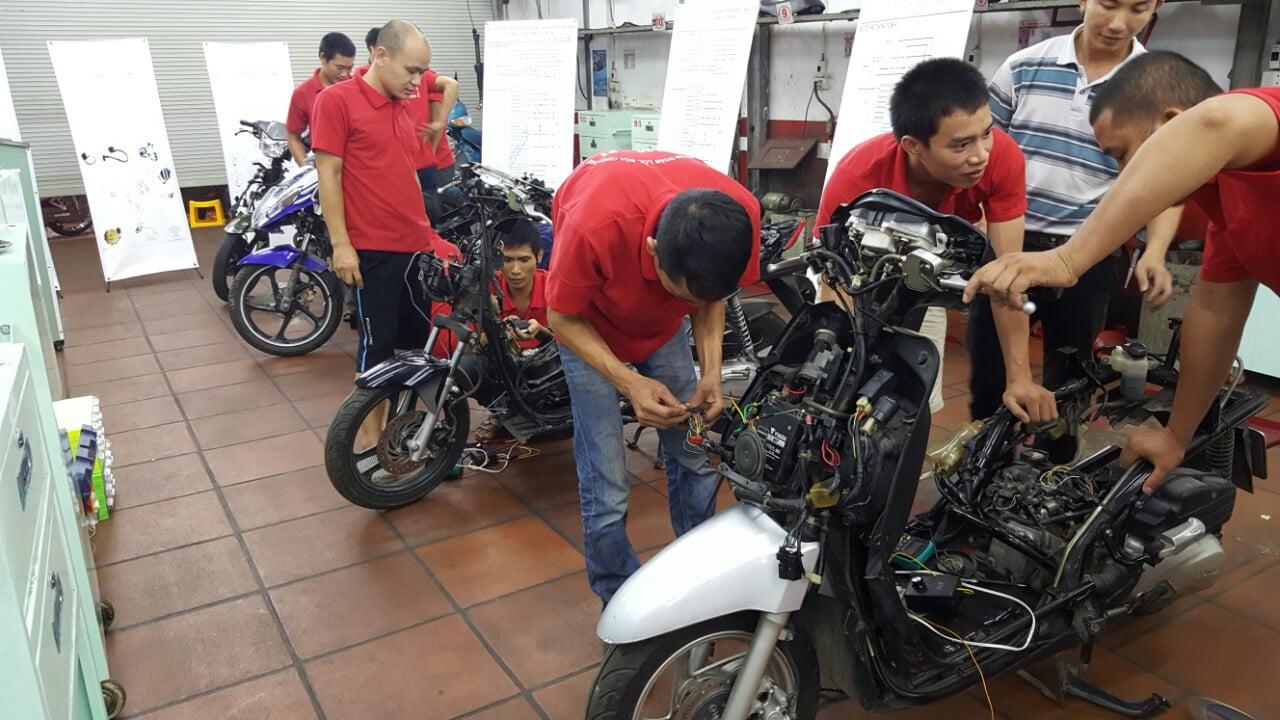 trung tâm cứu hộ xe máy