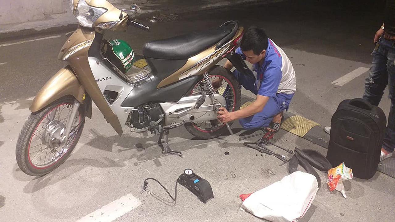 cứu hộ xe máy bị tai nạn