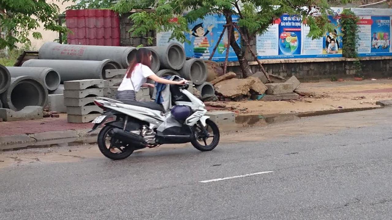 hỏng bugi xe máy